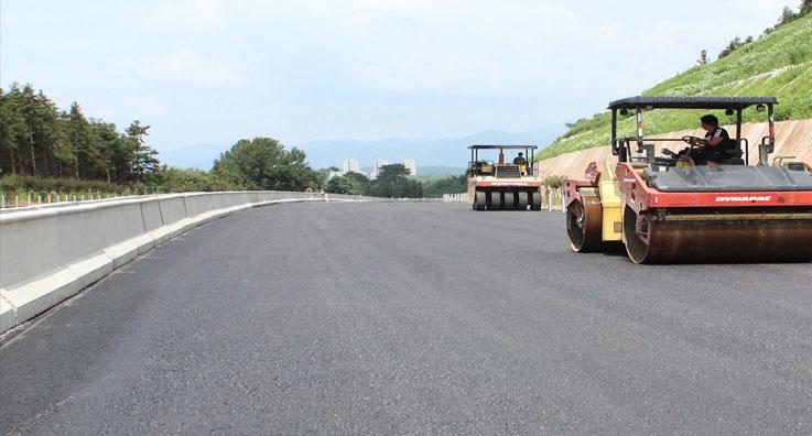公路土工合成材料施工案例