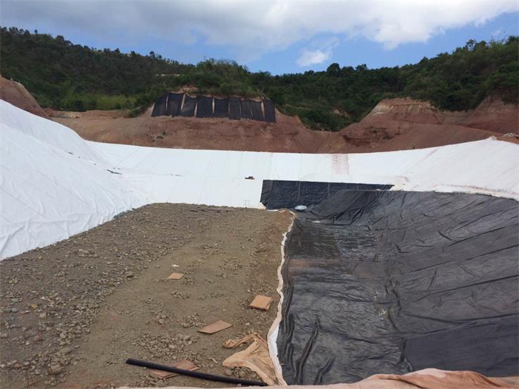 土工布、土工膜施工工程