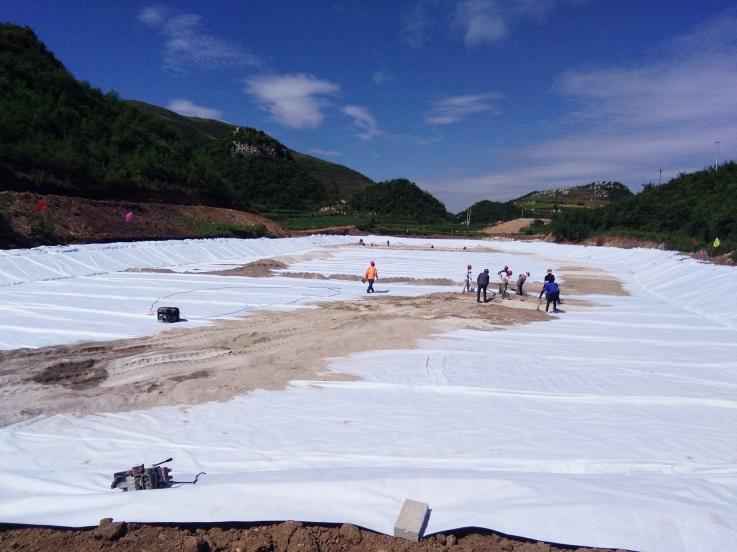 威宁人工湖施工工程