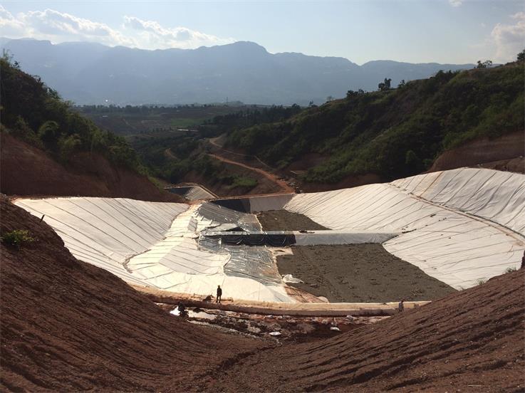 卡斯垃圾填埋场施工工程
